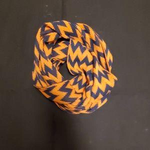 Chevron knit Infinity Scarf NWOT